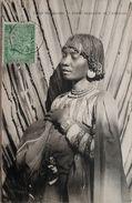 CPA - Madagascar. Types Malgaches , Femme Sakalave De L 'ambongo . Voyagé Timbre Cachet Paquebot 1906 - Madagascar