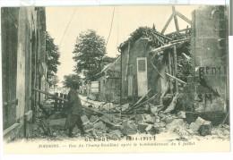SOISSONS. Rue Du Champ-Bouillant Aprés Le Bombardement Du 6 Juillet - Soissons