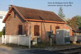Gare De Balagny-Saint-Épin , Oise , Ancienne Maison De Garde - Une Photo Reproduit Carte Postale  10x15 Cm. - Estaciones Sin Trenes