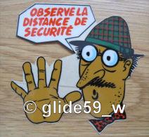 "Autocollant ""OBSERVE LA DISTANCE DE SECURITE"" (Plastic Screen) (an. 70) - Stickers"
