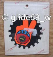 """Autocollant """"BSA"""" (Plastic Screen - Italy) (années 70 - Fond Noir Mat Et Orange Mat Fluo) - Stickers"""