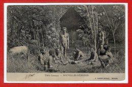 OCEANIE --  NOUVELLES HEBRIDES -- Tribu Canaque - état Leger Pli - Vanuatu