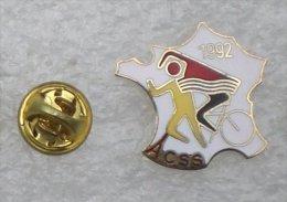 TRIATHLON ACSS CARTE DE FRANCE  XXX   104 - Badges