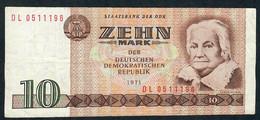 GERMANY DEMOCRATIC REPUBLIC P28c  10  MARK  1971 Letter DL   XF - [ 6] 1949-1990: DDR - Duitse Dem. Rep.