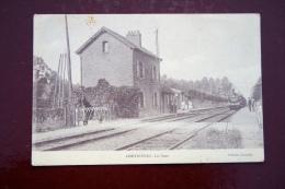 1 CP Chevrières La Gare, Animée, Train - Autres Communes