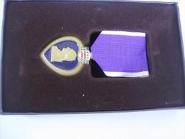 Purple Heart Us Army ottima replica con nastrino ed espositore nuova