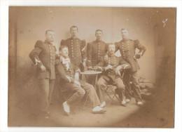 Photographie Originale: 26è Bataillon De Chasseurs à Pied, Officiers Prenant L'Aperitif (16-74) - Documents