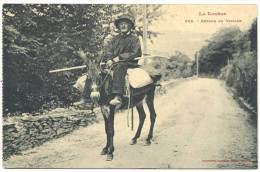 Lozère - Retour Du Village - France