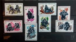 Rwanda 1970 n�370/77  Mnh** faune Gorilles  - bon �tat - voir 1 scan (s) r�f: M5536