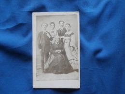 Photo CDV A. Catto élève De Pierre Petit - Beau Groupe Familial, Second Empire Circa 1865 L244 - Photos