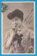 MADELEINE LEBLANC  *  Actrice Chanteuse Comédienne Années 1900 * Superbe Portrait Photo * Format CPA - Entertainers