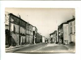 CP - TAILLEBOURG (17) RUE DE HAUTE VILLE - France