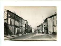 CP - TAILLEBOURG (17) RUE DE HAUTE VILLE - Frankrijk