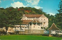 TEMPLE OF THE HOLY TOOTH KANDY CEYLON - Sri Lanka (Ceylon)