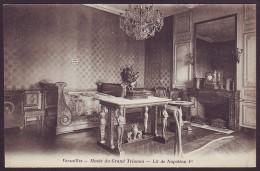 VERSAILLES - Musée Du Grand Trianon - Lit De Napoleon I (Unused Postcard - Non Voyagée) - Museos