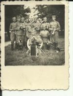 SERBIA, KINGDOM OF YUGOSL. --  ORIGINAL PHOTO  --  SERBIAN OFFICERS ORCHESTRA    MUSIKER, MUSICIEN  --  8 Cm X 6 Cm - Militaria