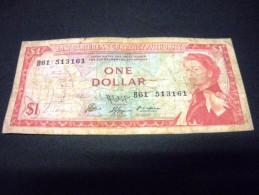 CARAÎBES 1 Dollar 1965,pick N° 13 F ,signature 9, EAST CARIBBEAN CARAIBES, - Ostkaribik