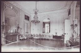 VERSAILLES - Le Petit Trianon - Le Salon. E.L.D. Nr. 87 (Unused Postcard - Non Voyagée) - Museum