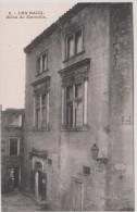 13 - Les Baux - Hôtel De Manville - Editeur: Magali N° 8 - Les-Baux-de-Provence