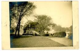Villa à Colombages à La Campagne. Carte-photo. Cachet: Liège-Luik 1930. Timbre 283. Villa Met Vakwerken Op Platte Land. - Bâtiments & Architecture