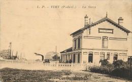 VIMY - La Gare. - Gares - Sans Trains