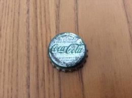 """ancienne Capsule de soda """"Coca-Cola (vert sur gris) - SOCI�T� PARISIENNE DE BOISSONS GAZEUSES SA CONCESSIONNAIRE"""""""