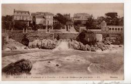 13 - MARSEILLE . PROMENADE DE LA CORNICHE . L'ANSE DE MALDORMÉ PAR GROS TEMPS - Réf. N°14340 - - Endoume, Roucas, Corniche, Playas