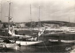 ILE  De HOUAT  Le Port TTB  Timbrée - Altri Comuni