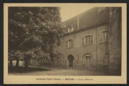 03 MOULINS - Institution Sainte Thèrèse - Cour D'Entrée - Moulins