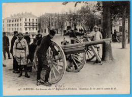 NANTES - La Caserne Du 51e Régiment D'artillerie, Exercice De Tir Avec Le Canon De 75 - Nantes