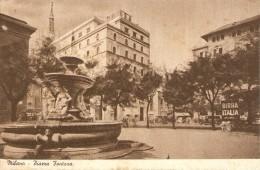 CT--N--1297--  MILANO  -  PIAZZA FONTANA - FORMATO PICCOLO - NON VIAGGIATA- PUBBLICITA ' BIRRA ITALIA - Milano