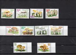 ISLANDE 1999 � 2006 - les champignons (10 timbres) **