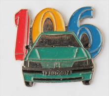 Pin's PEUGEOT 106 - Pins Up - F114 - Peugeot