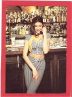 JEMME FEMME AU BAR CARTE EN SUPERBE ETAT PUBLICITE KOOKAI 1992 - Pin-Ups