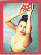 JEMME FEMME A LA PISCINE CARTE EN SUPERBE ETAT PUBLICITE KOOKAI 1992 - Pin-Ups