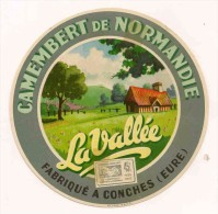 ETIQUETTE DE FROMAGE  Camembert  La Vallee Conches Eure Normandie - Fromage