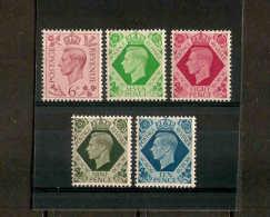 GREAT BRITAIN 1939 6d - 10d  SG 470/474 LIGHTLY MOUNTED MINT Cat £27+ - 1902-1951 (Könige)