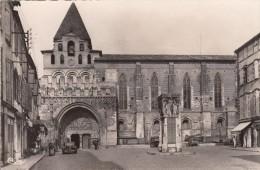 Thématiques 82 Tarn Et Garonne Moissac L´Eglise St Pierre XII Siécle - Moissac