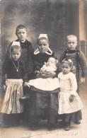 ¤¤   -   QUIMPER  -  Carte-Photo D´une Femme Et De Ses 5 Enfants   -  ¤¤ - Quimper
