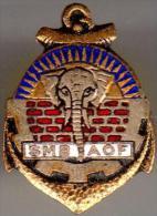 Pin´s Militaire - Marine - Régiment D´infanterie - Service Du Matériel Et Des Bâtiments - AOF (à Vis) - Militaria