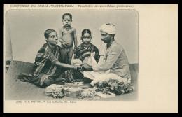TIMOR  - COSTUMES - Vendedor De Manilhas ( Pulseiras)(Ed. F. A. Martins Nº 231) Carte Postale - Timor Oriental