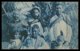 ASIA - TIMOR  - COSTUMES - Familia De Um Chefe (Ed. Da Missão) Carte Postale - Timor Oriental