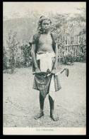 ASIA - TIMOR  - COSTUMES - Um Timorense   Carte Postale - Timor Orientale