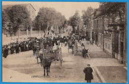 36- CHATEAUROUX - INDRE  En  BERRY - LE  MARCHE  AVENUE De  LA  CHATRE  VERS 1907 - Chateauroux