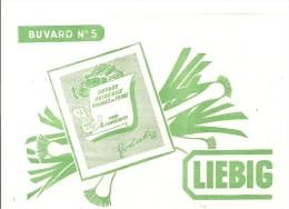 Buvard. LIEBIG Buvard N°5 Potage Poireaux Pommes De Terre Pour 4 Personnes - Sopas & Salsas