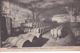 33 -- Gironde -- Léognan -- Château Carbonnieux -- Ier Grand Cru De Graves -- Un Chai - E.Doutreloux &Cie,propriétai - Francia