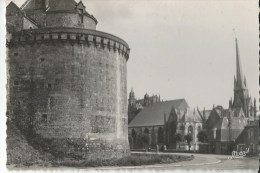 35 Fougeres Chateau Eglise St Leonard St Sulpice - Fougeres