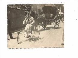 PHO.0075/ Carte Photo Petit Format - Tricycle Avec Grande Roue Sur Un Coté - Attelage Cheval - Cycling