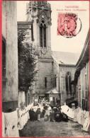 CPA 42 VALFLEURY Rue De L´église  La Procession - Autres Communes