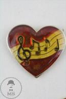 Muzical Staff In A Red Heart Pin Badge  #PLS - Música